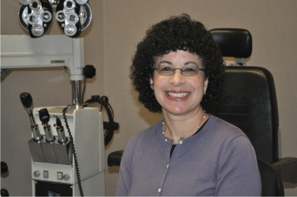 optometric eye doctor Kerri Davidove Lee